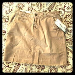 Old Navy khaki skirt distressed
